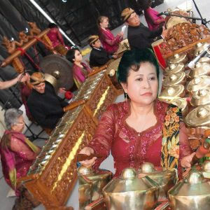 Anie Pelletier - Javanese Gamelan Music